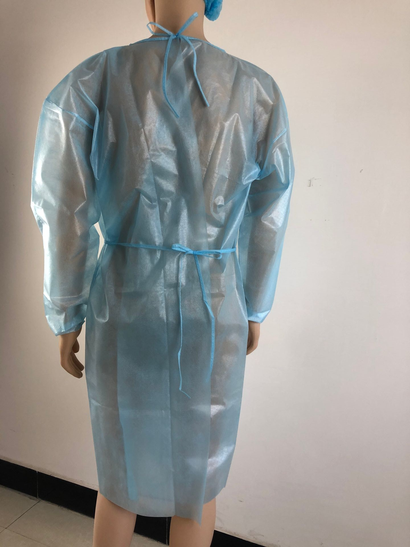 pp-pe-isolation-gown-1-.jpg